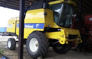 Фото: Комбайн NEW HOLLAND тс 5080